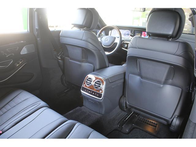 S550ロング 後期WALDカスタム Black Bison ジャレット22インチホイール 新品パーツ オレンジゴールドキャリパー パノラミックスライディングルーフ 黒本革シート レーダーセーフティ ブルメスター(38枚目)