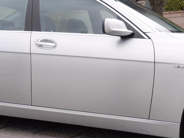 BMW BMW 750Li コンフォートパッケージ 黒革 サンルーフ