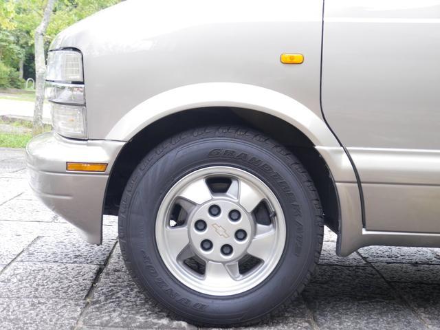 LS 2WD ディーラー車 キーレス 8人乗(14枚目)