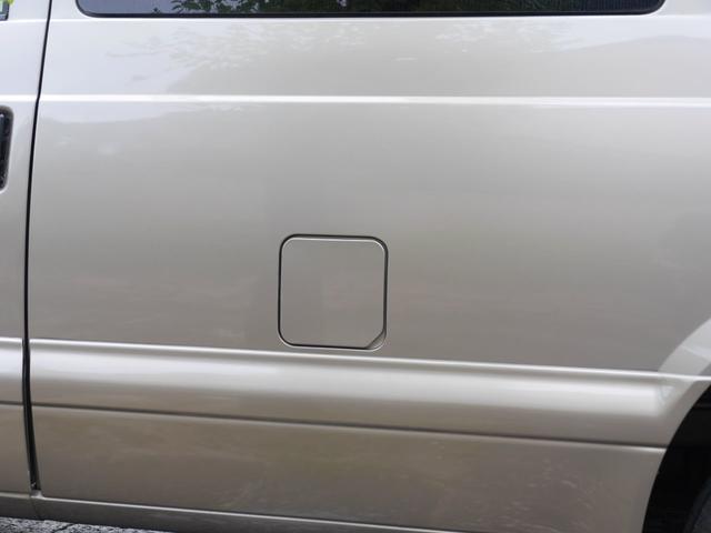LS 2WD ディーラー車 キーレス 8人乗(16枚目)