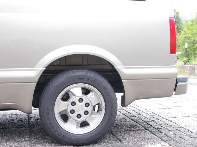 LS 2WD ディーラー車 キーレス 8人乗(17枚目)