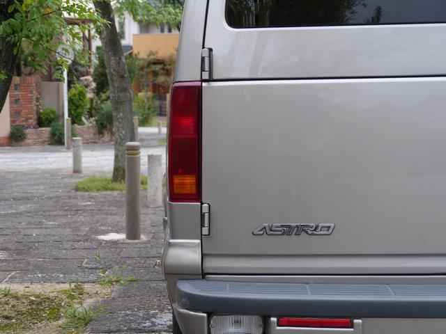 LS 2WD ディーラー車 キーレス 8人乗(20枚目)