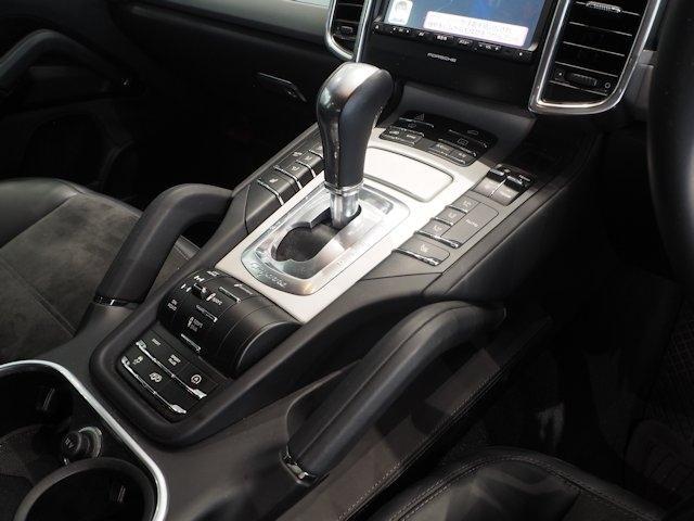 GTS ティプトロニックS 4WD 2016年モデル新車保証(10枚目)