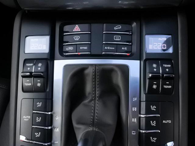 ターボ PDK 4WD 1オーナー エアサス スポクロ(13枚目)