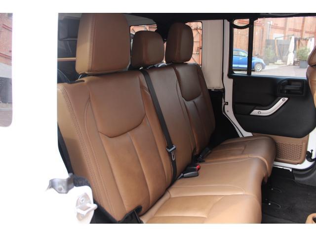 「その他」「ジープラングラーアンリミテッド」「SUV・クロカン」「大阪府」の中古車16