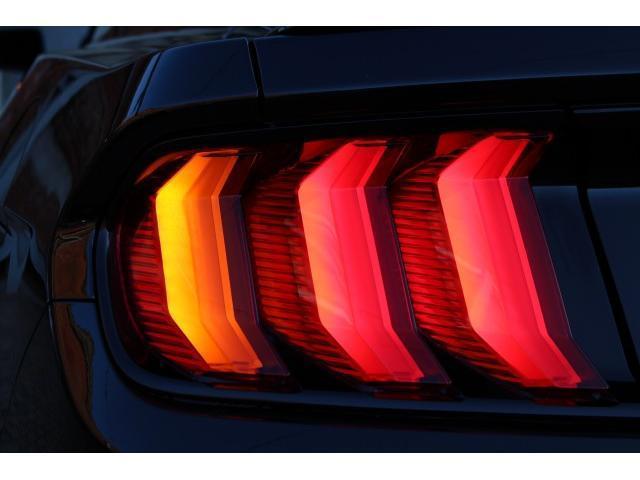 エコブースト プレミアム 2020yモデル 新車並行 ブラックレザー 2.3Lエコブーストエンジン AppleCarPlay&AndroidAuto デジタルメーター シートヒーター&ベンチレーション(11枚目)