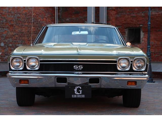 1968年シボレーシェベルSS入庫で御座います。車検は30年2月まで御座います。エンジンは396ビックブロックエンジンで御座います。