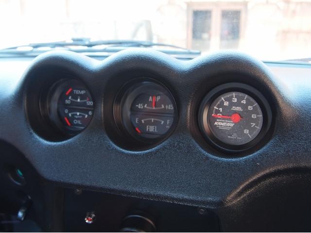 日産 フェアレディZ ダットサン 左ハンドル 2.4 カーボンボンネット