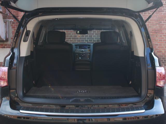 「その他」「インフィニティ QX56」「SUV・クロカン」「大阪府」の中古車11