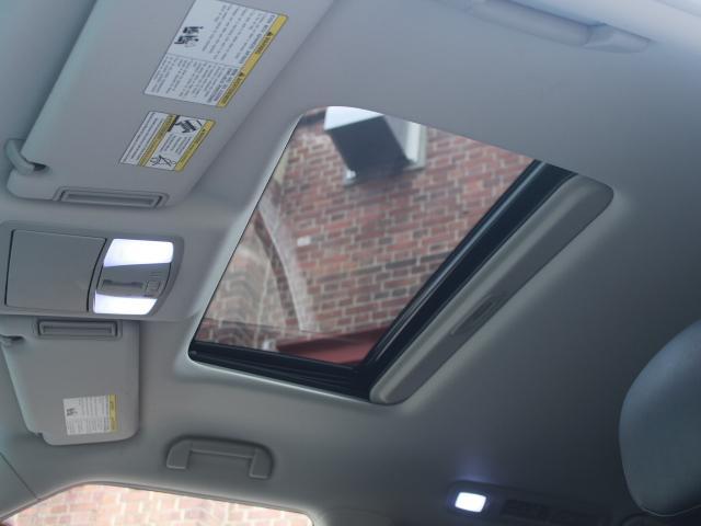 「その他」「インフィニティ QX56」「SUV・クロカン」「大阪府」の中古車16