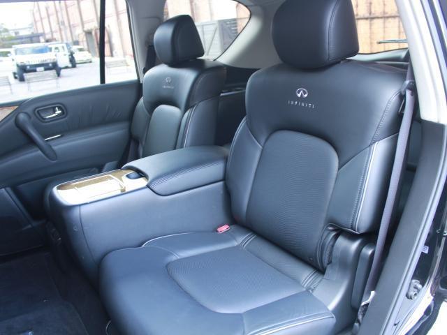 「その他」「インフィニティ QX56」「SUV・クロカン」「大阪府」の中古車18
