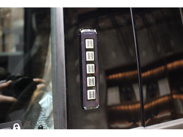ラプター 3.5Lツインターボ 4WD 新車並行(19枚目)
