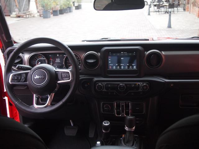 「その他」「クライスラージープ ラングラーアンリミテッド」「SUV・クロカン」「大阪府」の中古車13