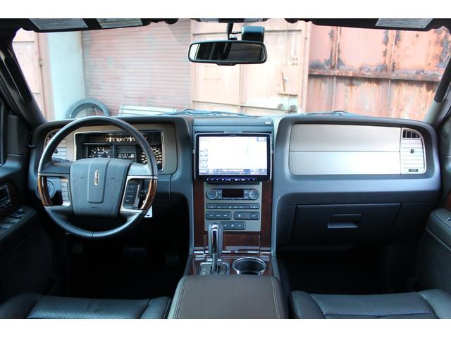 「リンカーン」「リンカーン ナビゲーター」「SUV・クロカン」「大阪府」の中古車12