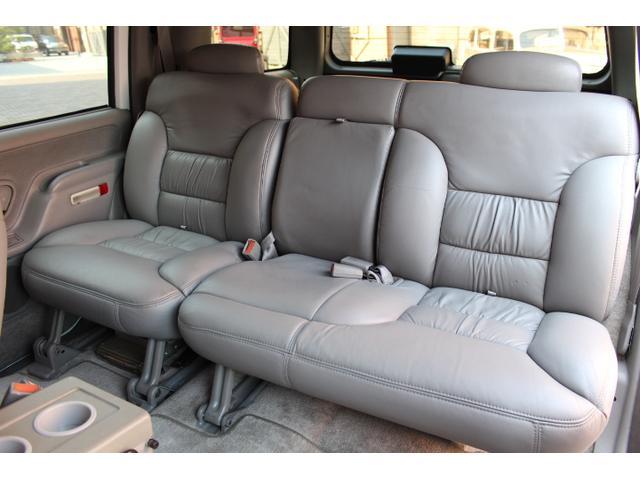 「シボレー」「シボレー タホ」「SUV・クロカン」「大阪府」の中古車18