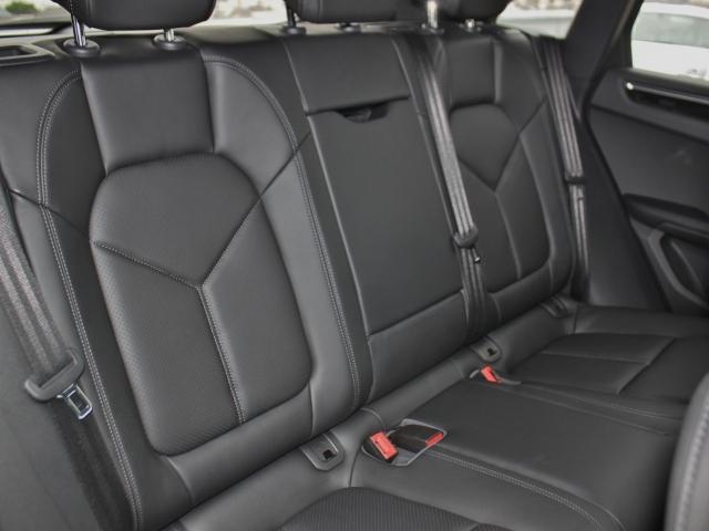 S PDK 4WD 当社新車販売車両 メモリーシート(19枚目)