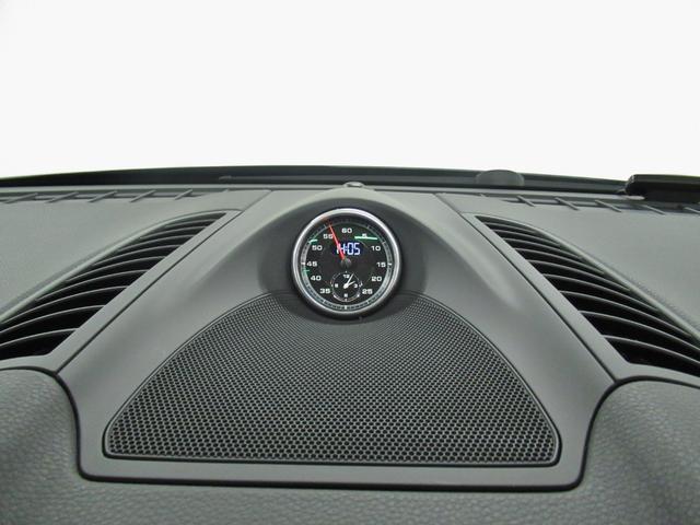 「ポルシェ」「ポルシェ カイエン」「SUV・クロカン」「大阪府」の中古車18