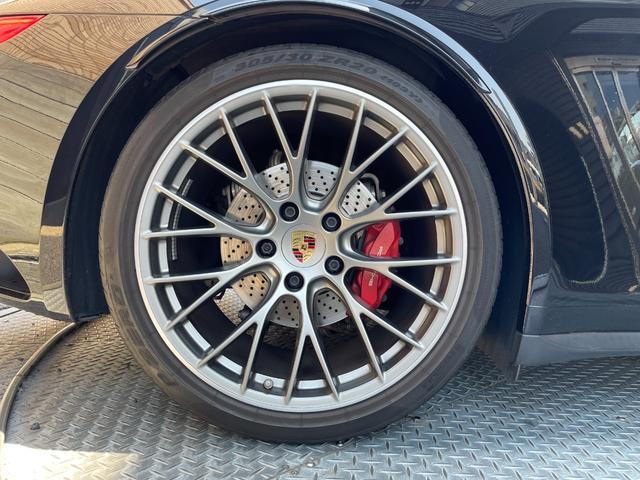 911カレラ4S 20インチ RSスパイダーデザインホイール/スポーツクロノパッケージ/電動可倒式ドアミラー/TVチューナー(27枚目)