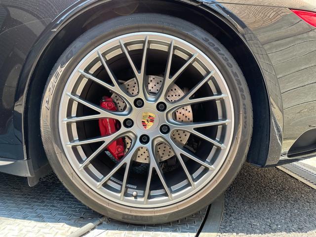 911カレラ4S 20インチ RSスパイダーデザインホイール/スポーツクロノパッケージ/電動可倒式ドアミラー/TVチューナー(29枚目)