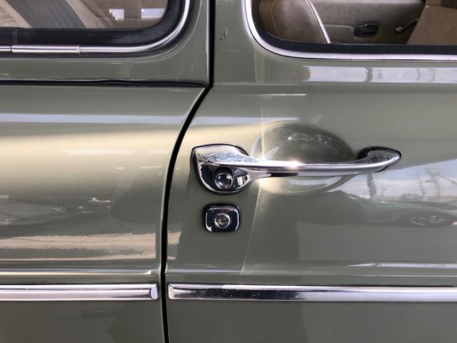 ファーストバック・ディーラー車・2オーナー・右ハンドル(20枚目)