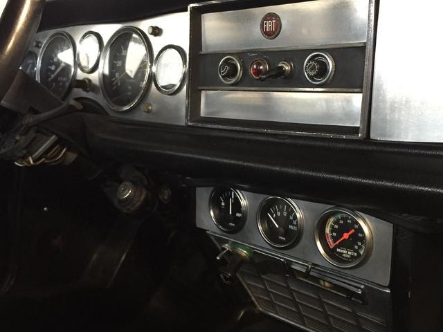 フィアット フィアット 124 スパイダー 5MT ツインキャブ車