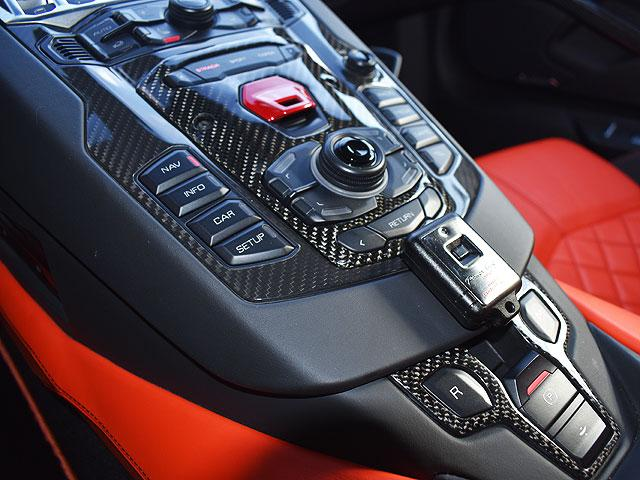 「ランボルギーニ」「アヴェンタドール」「オープンカー」「大阪府」の中古車45