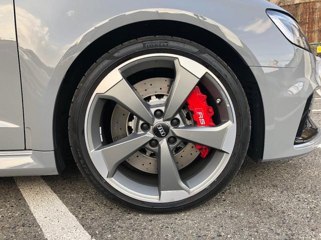 アウディ アウディ RS3スポーツバック ベースグレード
