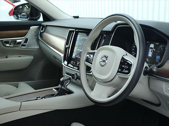 T6 AWD インスクリプション 認定 革シート サンルーフ(18枚目)