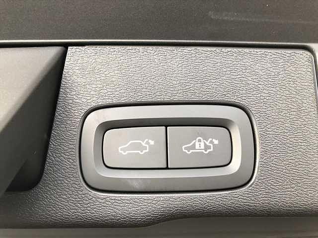T5 AWD インスクリプション LED リアカメラ(11枚目)