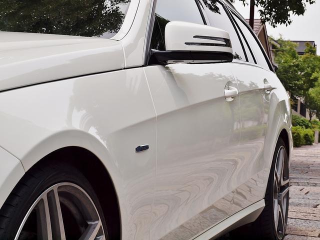 E250CGI/BE/125EDワゴン内張ホワイトレザー張替(16枚目)