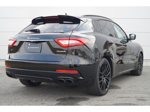 4WD Nerissimoパックカーボン内装SR21AW黒革(3枚目)