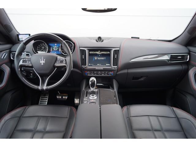 4WD Nerissimoパックカーボン内装SR21AW黒革(8枚目)