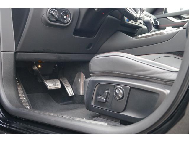 4WD Nerissimoパックカーボン内装SR21AW黒革(21枚目)