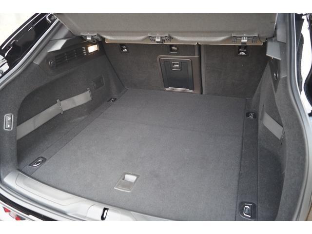 4WD Nerissimoパックカーボン内装SR21AW黒革(24枚目)