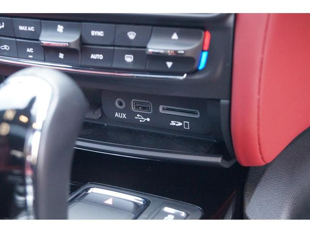 GT S グランスポーツ ワンオーナー フルナチュラルレザー トライデントステッチ Rドア拡張キーレス ブラックグロスFグリル ソフトクローズドア アダプティブクルーズ 赤キャリパー ハーマンカードン MY18(15枚目)