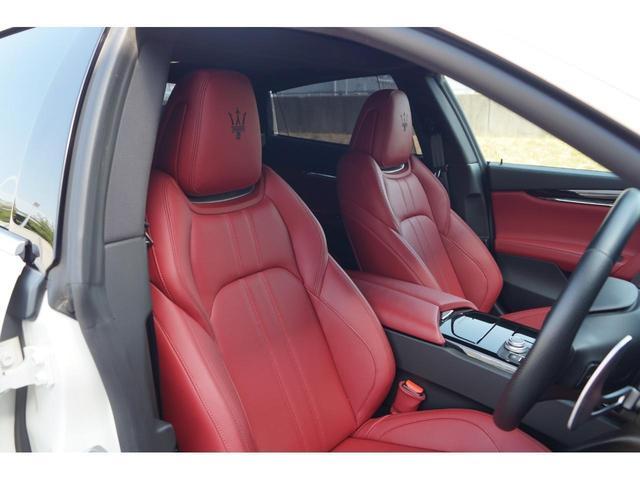 GT S グランスポーツ ワンオーナー フルナチュラルレザー トライデントステッチ Rドア拡張キーレス ブラックグロスFグリル ソフトクローズドア アダプティブクルーズ 赤キャリパー ハーマンカードン MY18(18枚目)