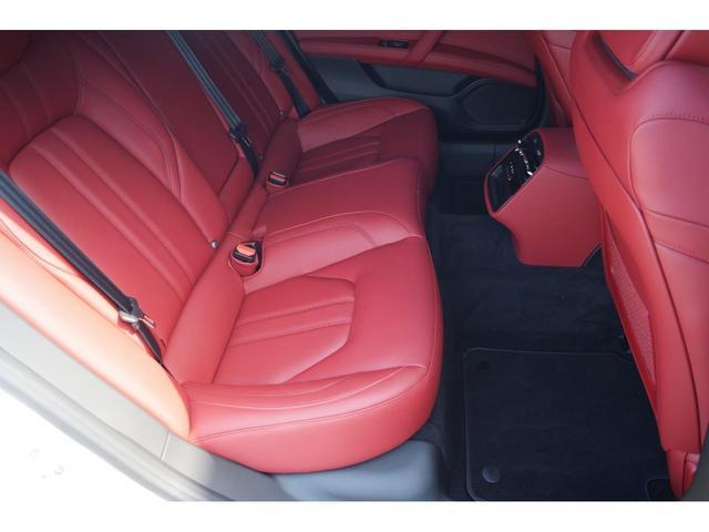 GT S グランスポーツ ワンオーナー フルナチュラルレザー トライデントステッチ Rドア拡張キーレス ブラックグロスFグリル ソフトクローズドア アダプティブクルーズ 赤キャリパー ハーマンカードン MY18(20枚目)