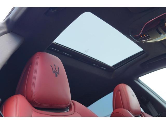 GT S グランスポーツ ワンオーナー フルナチュラルレザー トライデントステッチ Rドア拡張キーレス ブラックグロスFグリル ソフトクローズドア アダプティブクルーズ 赤キャリパー ハーマンカードン MY18(23枚目)