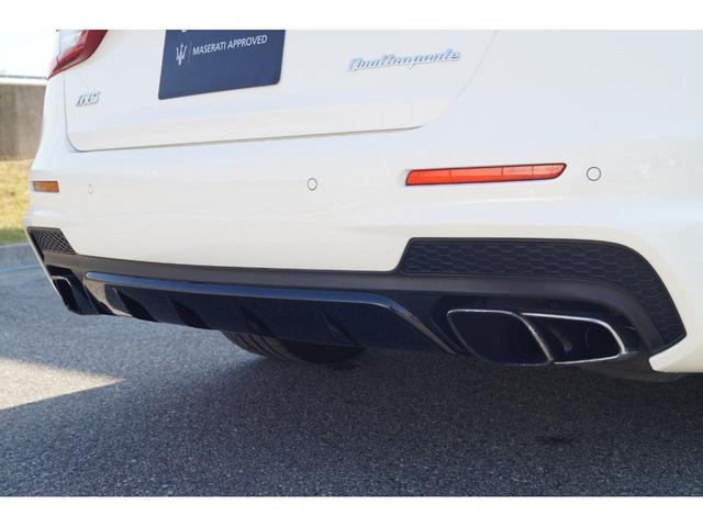 GT S グランスポーツ ワンオーナー フルナチュラルレザー トライデントステッチ Rドア拡張キーレス ブラックグロスFグリル ソフトクローズドア アダプティブクルーズ 赤キャリパー ハーマンカードン MY18(27枚目)