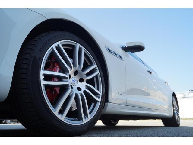 GT S グランスポーツ ワンオーナー フルナチュラルレザー トライデントステッチ Rドア拡張キーレス ブラックグロスFグリル ソフトクローズドア アダプティブクルーズ 赤キャリパー ハーマンカードン MY18(28枚目)