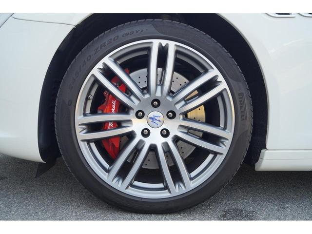 GT S グランスポーツ ワンオーナー フルナチュラルレザー トライデントステッチ Rドア拡張キーレス ブラックグロスFグリル ソフトクローズドア アダプティブクルーズ 赤キャリパー ハーマンカードン MY18(29枚目)