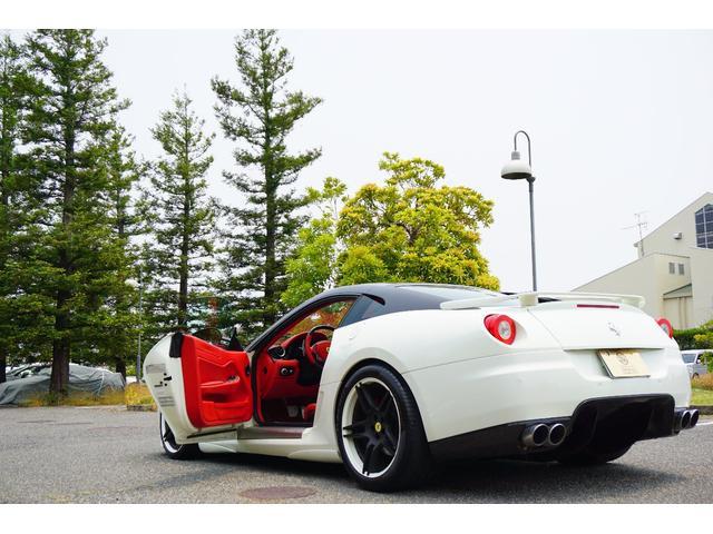 「フェラーリ」「フェラーリ 599」「クーペ」「兵庫県」の中古車71