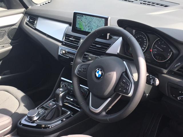 BMW BMW 218iアクティブツアラー リアカメラ 弊社デモカー