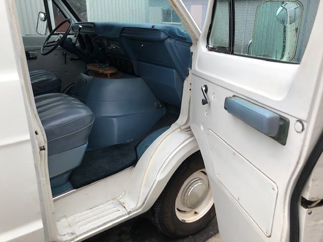 「ダッジ」「ダッジバン」「ミニバン・ワンボックス」「滋賀県」の中古車27