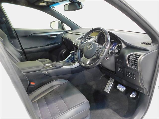 NX200tFスポーツ4WDパノラマルーフ プリクラッシュS(9枚目)