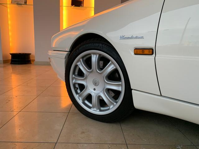 エボルツィオーネV6 正規ディーラー車(8枚目)
