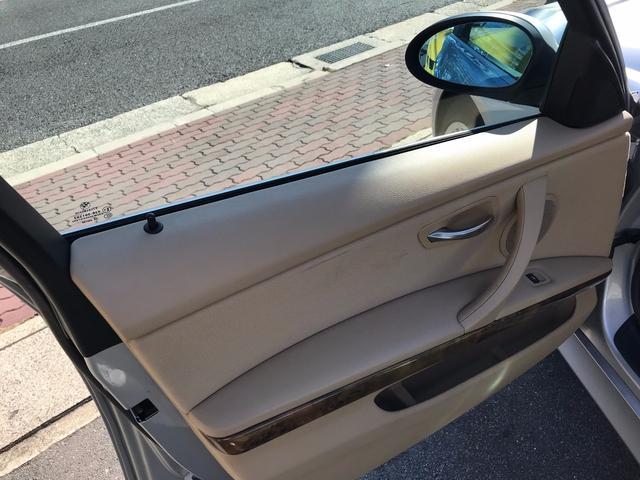 BMW BMW 330i 純正ナビ ETC 17インチAW HID