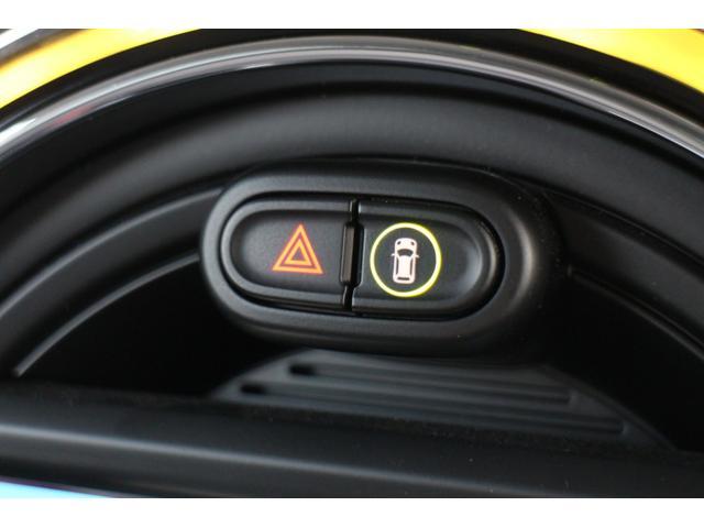 クーパー NAVI クルコン LEDライト Bカメラ クルーズコントロール ボンネットストライプ アームレスト(32枚目)