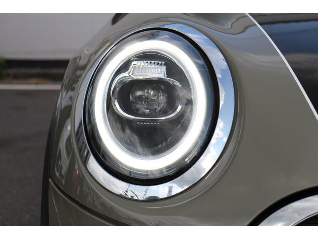 クーパー NAVI クルコン LEDライト Bカメラ クルーズコントロール ボンネットストライプ アームレスト(67枚目)