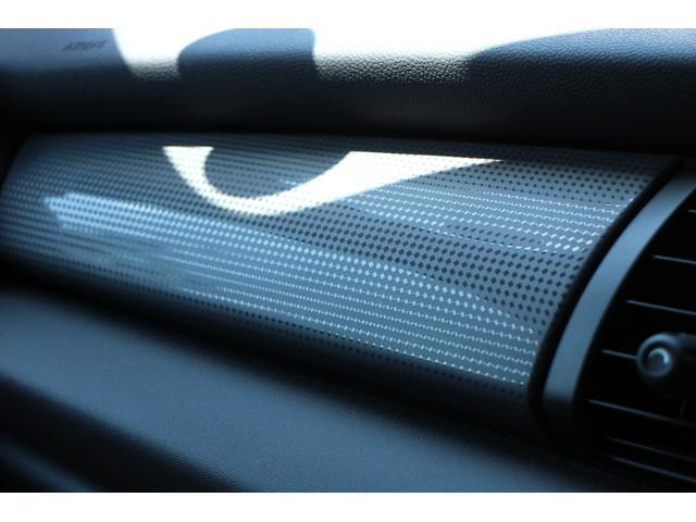 クーパー NAVI 15インチAW ブラックルーフ LEDヘッドライト コンフォートアクセス オートライト・レインセンサー(34枚目)